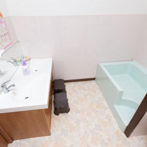保育園内にある沐浴室